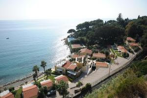 Residence Baia La Ruota - AbcAlberghi.com