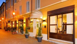 Hotel Al Cappello Rosso - AbcAlberghi.com
