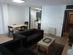 Palau-Vacances Pirinenca - Apartment - Encamp