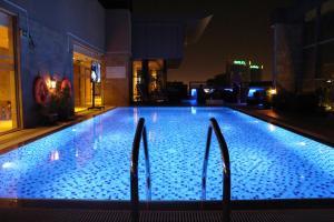 Best Western Plus Pearl Creek - Dubai