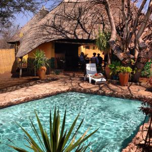 Lesoma Valley Lodge, Lodges - Lesoma