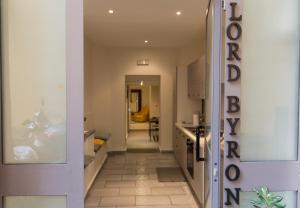 Lord Byron Charm - AbcAlberghi.com