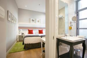 Legazpi Doce Rooms & Suites (9 of 35)