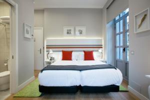 Legazpi Doce Rooms & Suites (10 of 35)