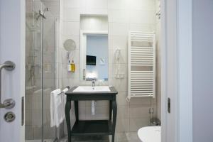 Legazpi Doce Rooms & Suites (25 of 35)