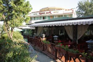 Hotel Kristel Park - All Inclusive Light, Hotel  Kranevo - big - 61