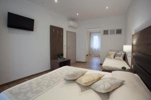 Magnifica Luxury Suites - AbcAlberghi.com
