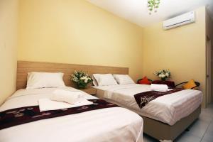 C.Stone Hotel, Отели  Сурабая - big - 15