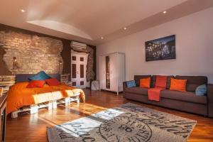 Argilla Apartment