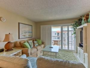 Beach Club 416 Holiday home, Apartmány  Saint Simons Island - big - 1