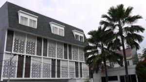 MK HOUSE SCBD