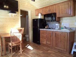 obrázek - Palm Springs Camping Resort Cabin 6