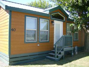 Lake Minden Camping Resort Cottage 6 - Yuba City