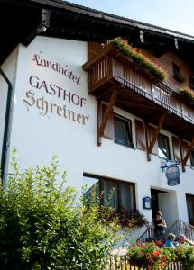 Landhotel-Gasthof-Schreiner, Penzióny  Hohenau - big - 9
