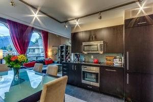 obrázek - Adara Hotel by Whistler's Best Accommodation
