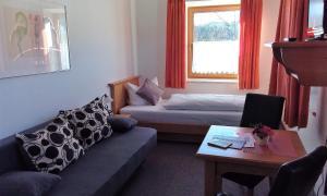 Hotel Pension Lindenhof, Guest houses  Prien am Chiemsee - big - 18