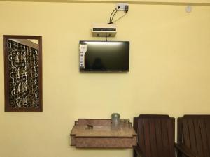 Hotel Bhavani Lodge, Отели  Хайдарабад - big - 22
