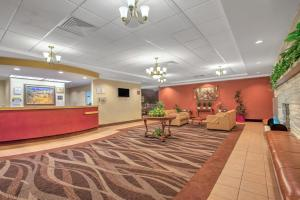 Days Inn by Wyndham Liberty, Hotely  Ferndale - big - 17