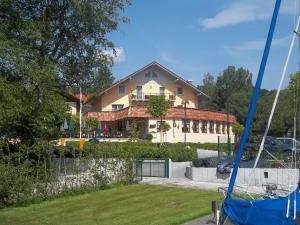 Hotel Mutz - Breitbrunn