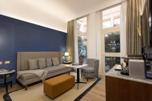 GKK Exclusive Private Suites (24 of 48)