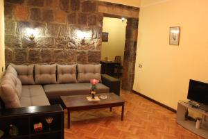 Center Apartment Nalbandyan, Appartamenti  Erevan - big - 11