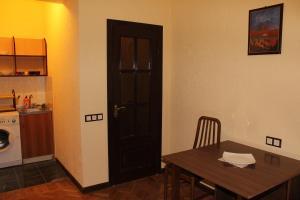 Center Apartment Nalbandyan, Appartamenti  Erevan - big - 21