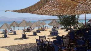 Surfing Beach Village Paros, Hotel  Santa Maria - big - 57