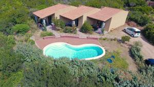 Residence Corbezzolo Rosso - AbcAlberghi.com