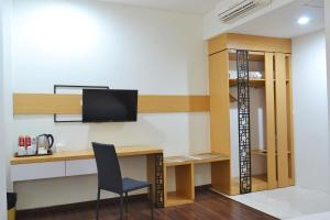 ZEN Rooms Basic Kedung Sari Wonorejo, Отели  Сурабая - big - 5