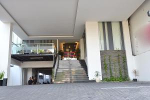 ZEN Rooms Basic Kedung Sari Wonorejo, Отели  Сурабая - big - 18