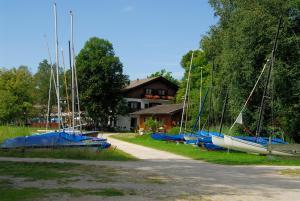 Zum Fischer am See, Penzióny  Prien am Chiemsee - big - 7