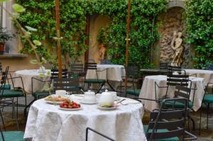 Hotel San Michele, Hotels  Cortona - big - 55