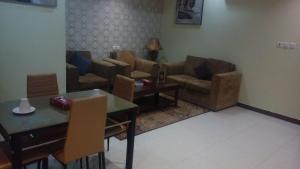 Ronza Land, Residence  Riyad - big - 21