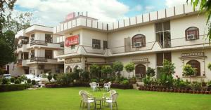 Auberges de jeunesse - Inderlok Hotel - Budget Hotel