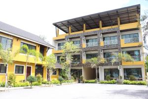 Yellow House Rayong - Ban Chak Lao