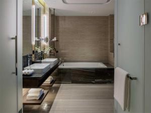 Hilton Jinan South Hotel & Residences, Hotely  Ťi-nan - big - 42