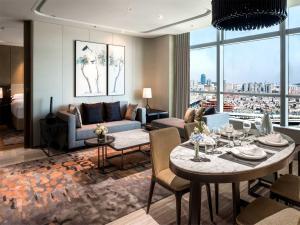 Hilton Jinan South Hotel & Residences, Hotely  Ťi-nan - big - 18