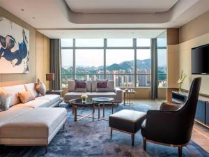 Hilton Jinan South Hotel & Residences, Hotely  Ťi-nan - big - 9