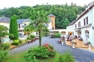 Logis Le Vieux Logis, Hotel  Lestelle-Bétharram - big - 1