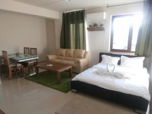 Ronin Apartment - Sybin