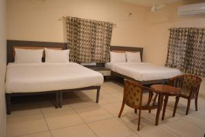 Auberges de jeunesse - Hotel Sownthariyam