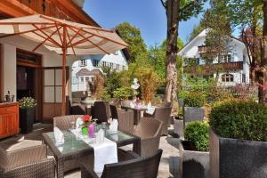 Hotel Maximilian, Hotely  Oberammergau - big - 37