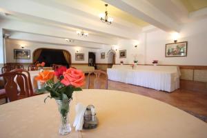 Hotel Ruia, Hotely  Poiana Brasov - big - 60