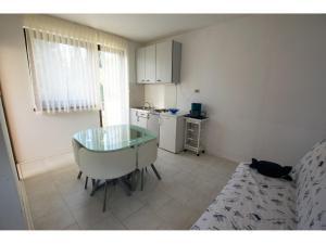 Apartments Trošelj, Appartamenti  Starigrad-Paklenica (Ortopula) - big - 7