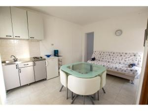 Apartments Trošelj, Appartamenti  Starigrad-Paklenica (Ortopula) - big - 4