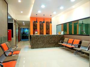 Auberges de jeunesse - Hotel Raviraj