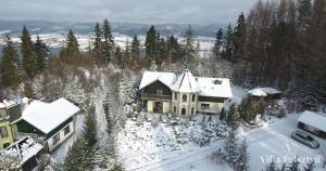 Villa Falsztyn Holiday Home