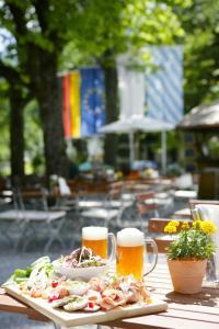 Hotel Maximilian, Hotely  Oberammergau - big - 34
