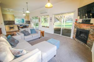 Dieudonne, Holiday homes - Harrietville