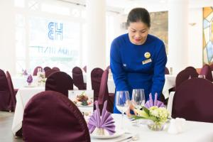 Hoa Binh Hotel, Отели  Ханой - big - 55